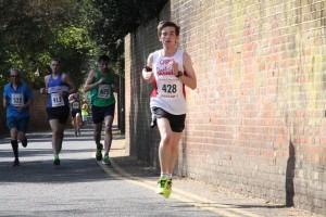 MarathonManChrisHuntrunning